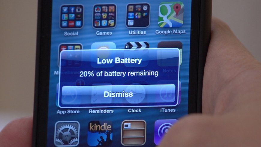 leaving-your-phone-plugged-in-destroys-the-battery