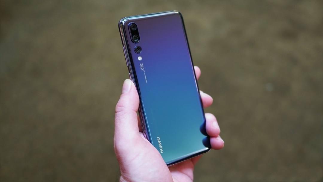 Novi Huawei P20 Pro Kot Prvi Navdu Uje S Trojno Kamero